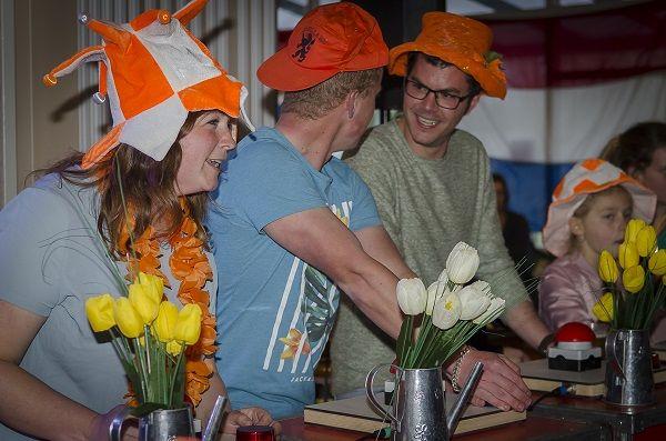 Themafeesten met live muziek & DJ - Liever Live - Heel Holland Feest - HOllandse feestavond