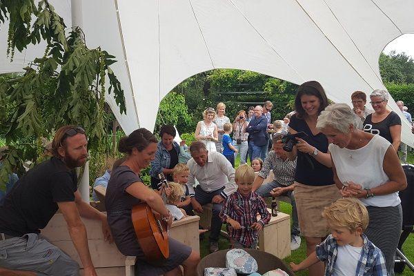 Privé feesten in de tuin voor jong en oud - met live muziek en live dj