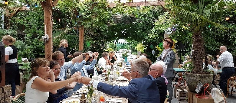 12.5 jaar getrouwd - koperen huwlijksfeest of bruilolft - jubileumfeest met live muziek & dj of een themafeest