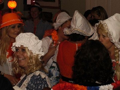 Heel Holland Feest - Themafeest met de Ik Hou van Holland Quiz - Live Muziek, Live Dj, entertainment - Liever Live