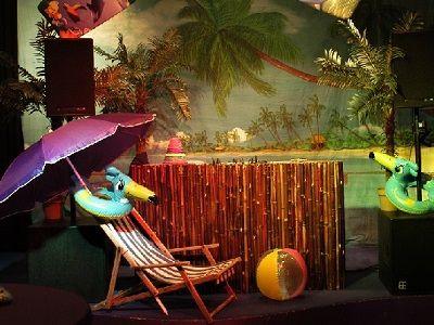 Tropical Times - Zomerse feestavond met tropische klanken - live muziek, live dj, entertainment & decor - liever live - limbo dansen